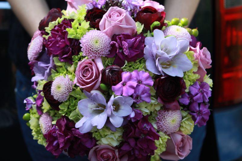 Purple Flowers Bridal Bouquet 8 Background Wallpaper ...