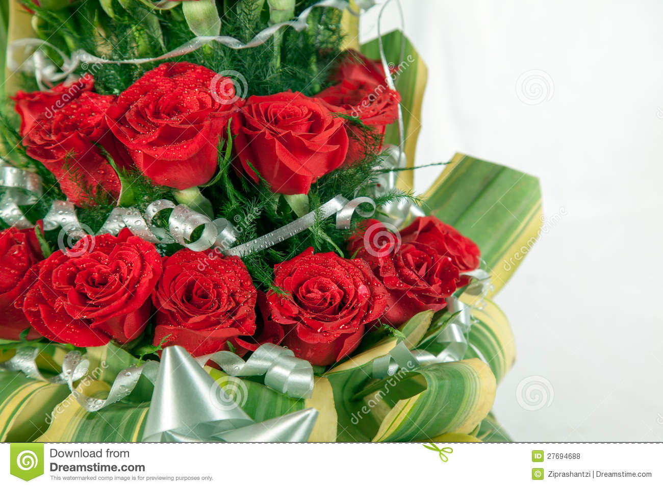 Red Flowers Bouquet 21 Background Wallpaper