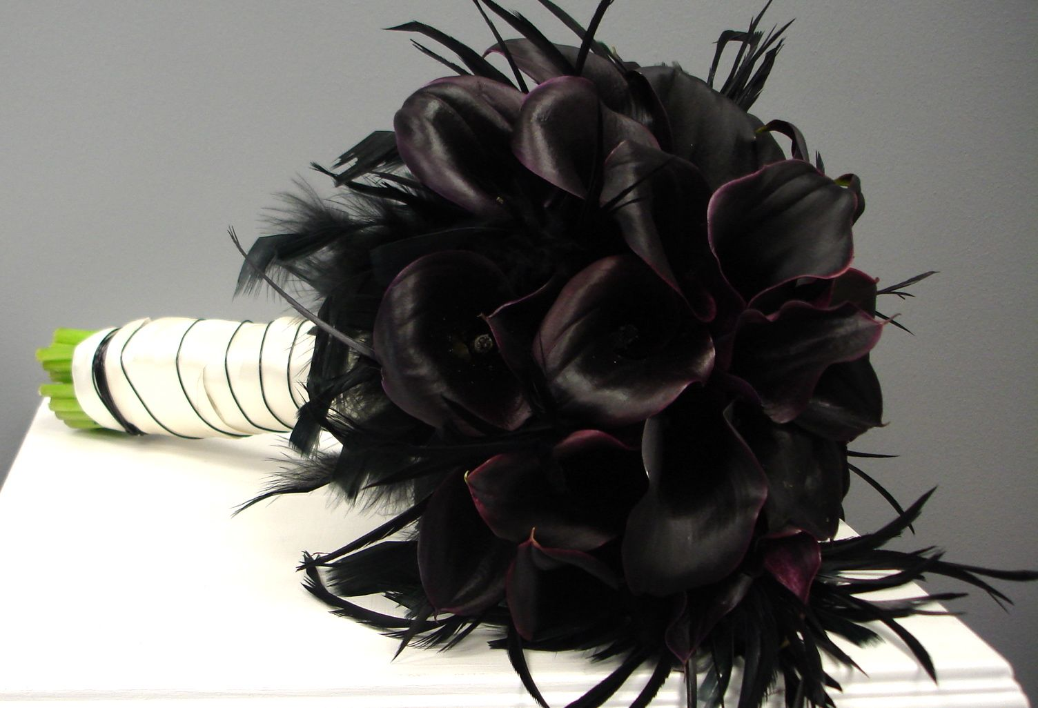 Black flowers for wedding bouquet 20 background hdflowerwallpaper black flowers for wedding bouquet wide wallpaper izmirmasajfo