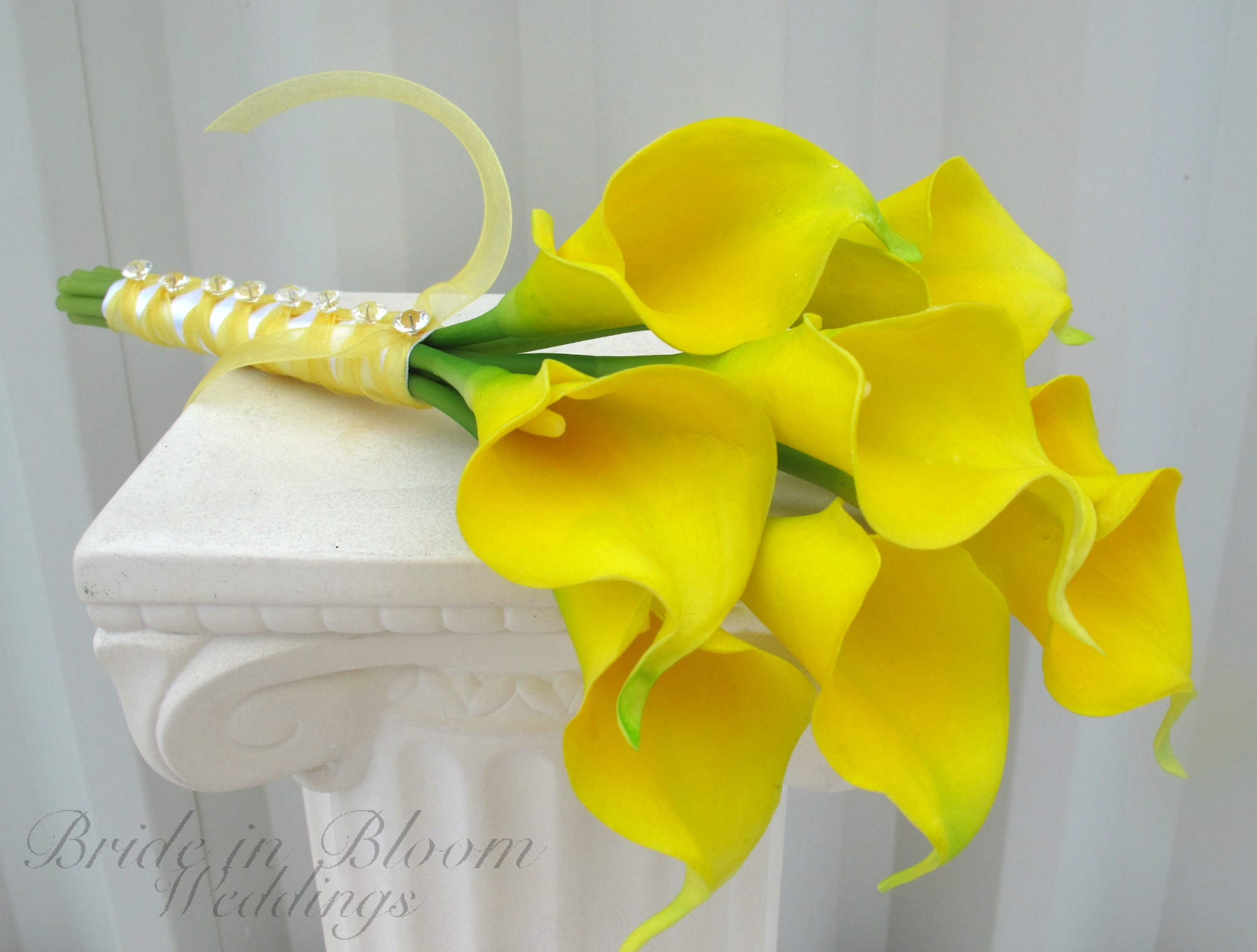 Yellow calla lilies 22 free wallpaper hdflowerwallpaper yellow calla lilies hd wallpaper dhlflorist Images