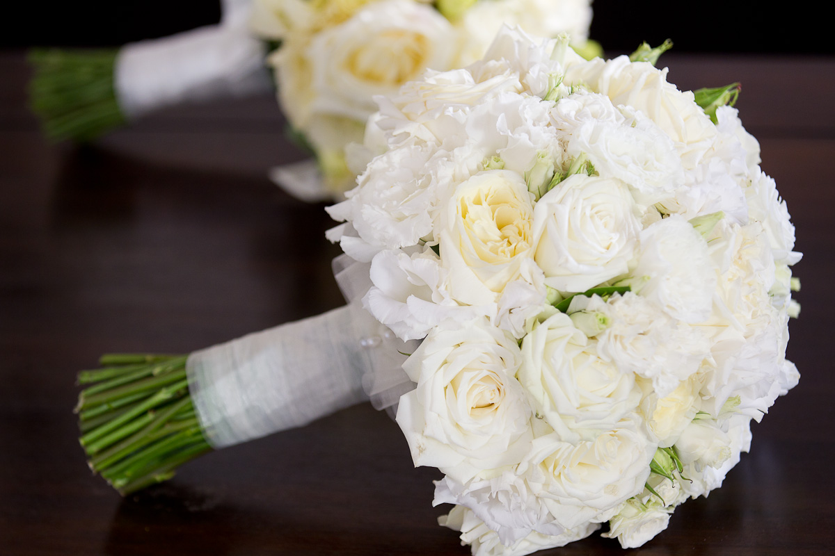 White flowers for bouquets 12 cool wallpaper hdflowerwallpaper white flowers for bouquets background izmirmasajfo Gallery