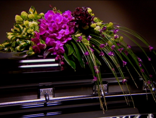 Purple Flower Arrangements For Funeral 37 Background ...