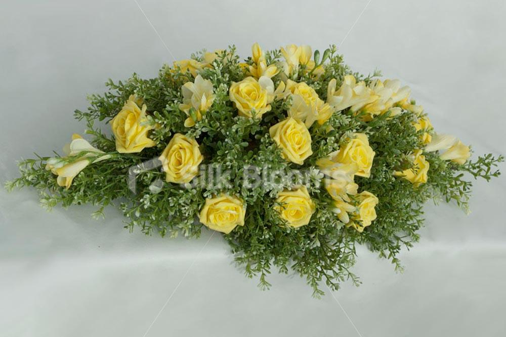 Yellow rose flower arrangements 19 background wallpaper yellow rose flower arrangements hd wallpaper mightylinksfo