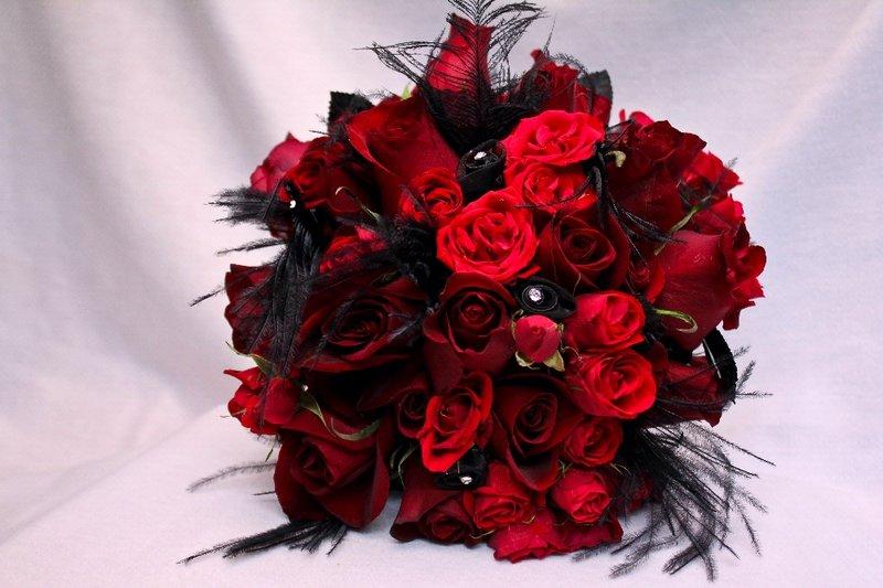 Red And Black Flower Arrangements Wide Wallpaper